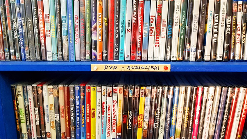 DVDs and AUDIOBOOK     the perfect gift !!! - Libreria